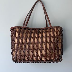 HP❣️Gorgeous Nancy Gonzalez lattice crocodile tote